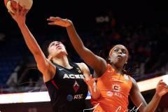 WNBA-Connecticut-Sun-89-vs.-Las-Vegas-Aces-85-43