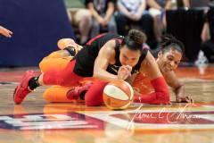 WNBA-Connecticut-Sun-89-vs.-Las-Vegas-Aces-85-47