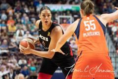 WNBA-Connecticut-Sun-89-vs.-Las-Vegas-Aces-85-48