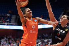 WNBA-Connecticut-Sun-89-vs.-Las-Vegas-Aces-85-63