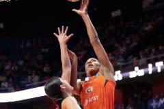 WNBA-Connecticut-Sun-89-vs.-Las-Vegas-Aces-85-67