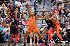 WNBA-Connecticut-Sun-89-vs.-Las-Vegas-Aces-85-75