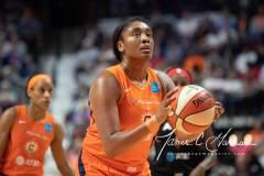 WNBA-Connecticut-Sun-89-vs.-Las-Vegas-Aces-85-79