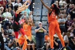 WNBA-Connecticut-Sun-89-vs.-Las-Vegas-Aces-85-92