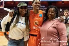WNBA-Connecticut-Sun-89-vs.-Las-Vegas-Aces-85-98