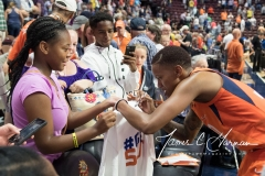 WNBA - Connecticut Sun 89 vs. Los Angeles Sparks 86 (104)