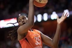 WNBA - Connecticut Sun 89 vs. Los Angeles Sparks 86 (19)