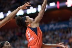 WNBA - Connecticut Sun 89 vs. Los Angeles Sparks 86 (61)