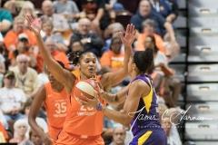 WNBA - Connecticut Sun 89 vs. Los Angeles Sparks 86 (62)