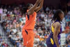 WNBA - Connecticut Sun 89 vs. Los Angeles Sparks 86 (67)