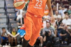 WNBA - Connecticut Sun 89 vs. Los Angeles Sparks 86 (71)