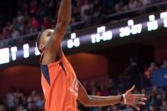 WNBA - Connecticut Sun 89 vs. Los Angeles Sparks 86 (89)