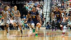 WNBA Connecticut Sun 89 vs San Antonio Stars 62 (22)