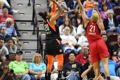 WNBA - Connecticut Sun 91 vs. Washington Mystics 95 (19)