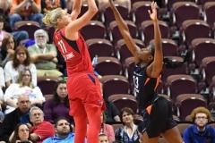 WNBA - Connecticut Sun 91 vs. Washington Mystics 95 (74)