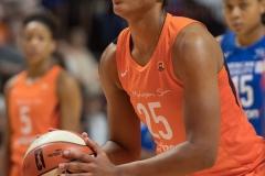 WNBA - Connecticut Sun 96 vs. Dallas Wings 76 (24)