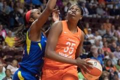 WNBA - Connecticut Sun 96 vs. Dallas Wings 76 (35)