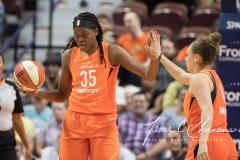 WNBA - Connecticut Sun 96 vs. Dallas Wings 76 (40)