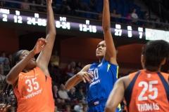 WNBA - Connecticut Sun 96 vs. Dallas Wings 76 (89)