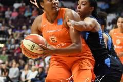 WNBA-Connecticut-Sun-98-vs.-Atlanta-Dream-69-105