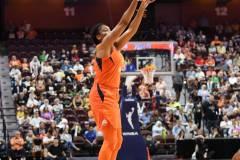 WNBA-Connecticut-Sun-98-vs.-Atlanta-Dream-69-110
