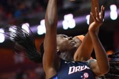 WNBA-Connecticut-Sun-98-vs.-Atlanta-Dream-69-25
