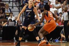 WNBA-Connecticut-Sun-98-vs.-Atlanta-Dream-69-51