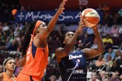 WNBA-Connecticut-Sun-98-vs.-Atlanta-Dream-69-54