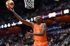 WNBA-Connecticut-Sun-98-vs.-Atlanta-Dream-69-79