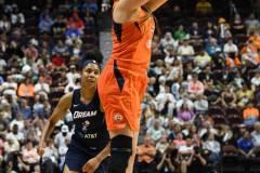 WNBA-Connecticut-Sun-98-vs.-Atlanta-Dream-69-91