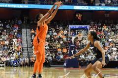 WNBA-Connecticut-Sun-98-vs.-Atlanta-Dream-69-96