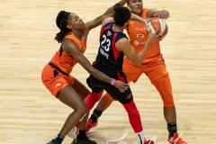 WNBA-Finals-Game-3-Connecticut-Sun-81-vs.-Washington-Mystics-94-39