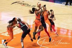 WNBA-Finals-Game-3-Connecticut-Sun-81-vs.-Washington-Mystics-94-48