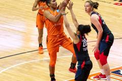 WNBA-Finals-Game-3-Connecticut-Sun-81-vs.-Washington-Mystics-94-49