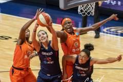 WNBA-Finals-Game-3-Connecticut-Sun-81-vs.-Washington-Mystics-94-50