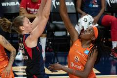 WNBA-Finals-Game-4-Connecticut-Sun-90-vs.-Washington-Mystics-86-25