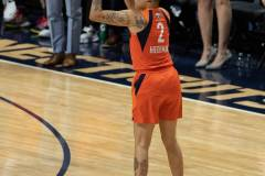 WNBA-Finals-Game-4-Connecticut-Sun-90-vs.-Washington-Mystics-86-28