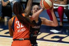 WNBA-Finals-Game-4-Connecticut-Sun-90-vs.-Washington-Mystics-86-31