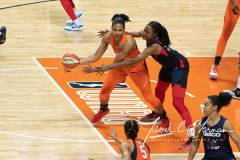 WNBA-Finals-Game-4-Connecticut-Sun-90-vs.-Washington-Mystics-86-48