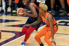 WNBA-Finals-Game-4-Connecticut-Sun-90-vs.-Washington-Mystics-86-49