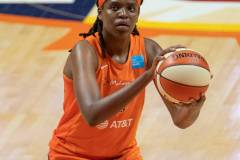 WNBA-Finals-Game-4-Connecticut-Sun-90-vs.-Washington-Mystics-86-58