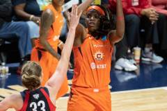 WNBA-Finals-Game-4-Connecticut-Sun-90-vs.-Washington-Mystics-86-61