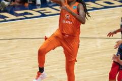 WNBA-Finals-Game-4-Connecticut-Sun-90-vs.-Washington-Mystics-86-64