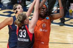 WNBA-Finals-Game-4-Connecticut-Sun-90-vs.-Washington-Mystics-86-72