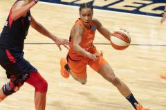 WNBA-Finals-Game-4-Connecticut-Sun-90-vs.-Washington-Mystics-86-75