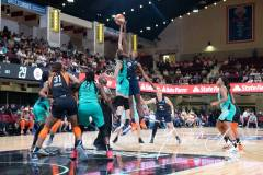WNBA-New-York-Liberty-79-vs.-Connecticut-Sun-94-25