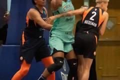 WNBA-New-York-Liberty-79-vs.-Connecticut-Sun-94-30