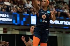 WNBA-New-York-Liberty-79-vs.-Connecticut-Sun-94-33