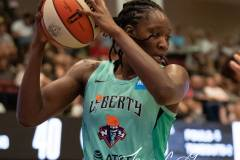 WNBA-New-York-Liberty-79-vs.-Connecticut-Sun-94-37