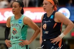 WNBA-New-York-Liberty-79-vs.-Connecticut-Sun-94-70
